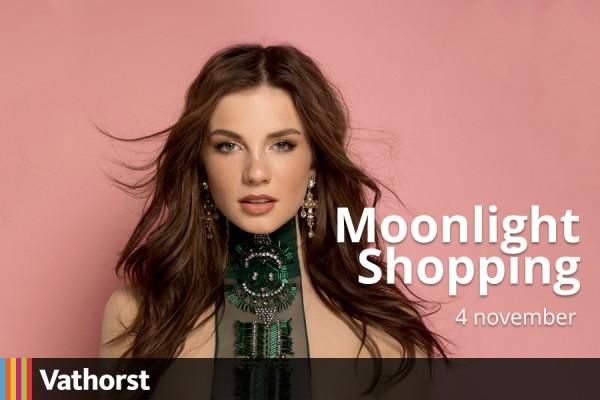 09-10_VT_Shoppingmoonlight_900x600px-4